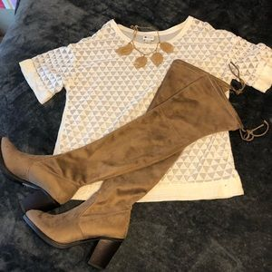 Almost new! Stylish blouse